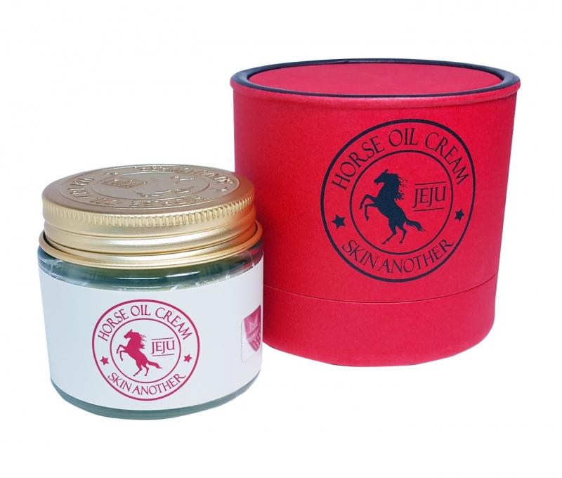 Крем для лица с лошадиным жиром Farmstay Skin Another Horse Oil Cream