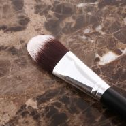 Professional Foundation Brush Tony Moly